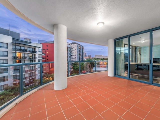 24/8 Goodwin Street, Kangaroo Point, Qld 4169
