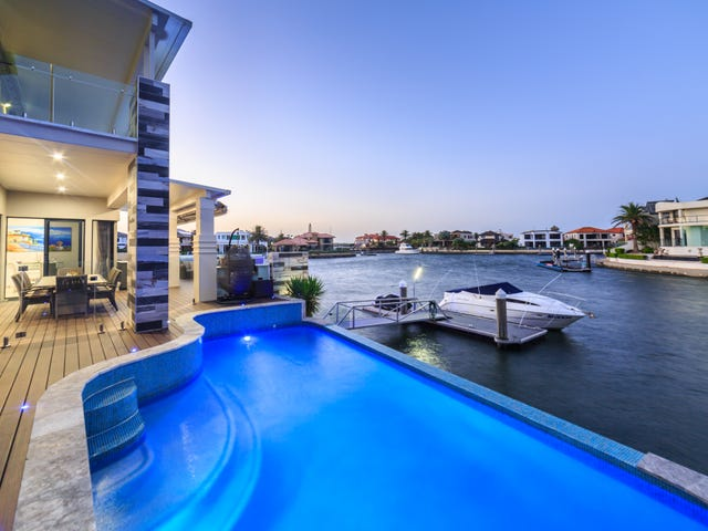 7 The Peninsula, Sovereign Islands, Qld 4216