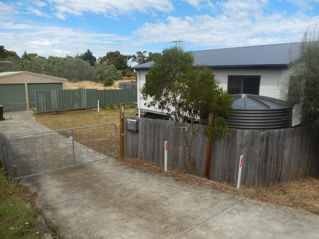 12 Carlton Beach Road, Dodges Ferry, Tas 7173