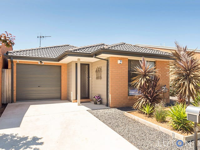 16 Stang Place, MacGregor, ACT 2615