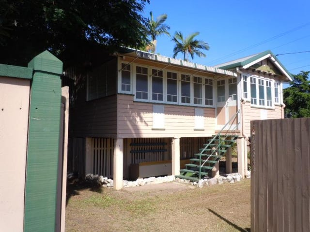 19 Law Street, Cairns North, Qld 4870