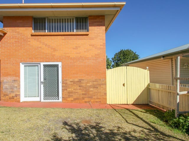 6 Pierce Street, South Toowoomba, Qld 4350