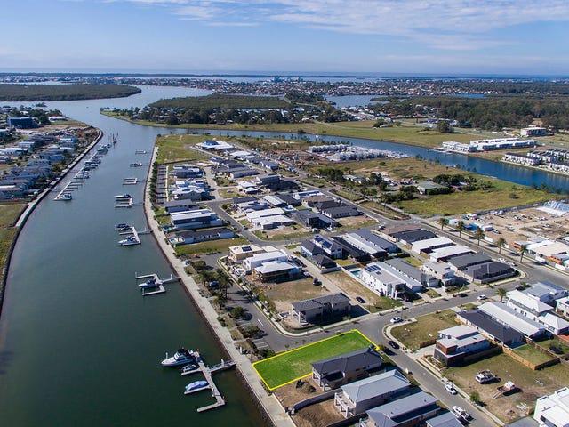 17 N View St, Hope Island, Qld 4212