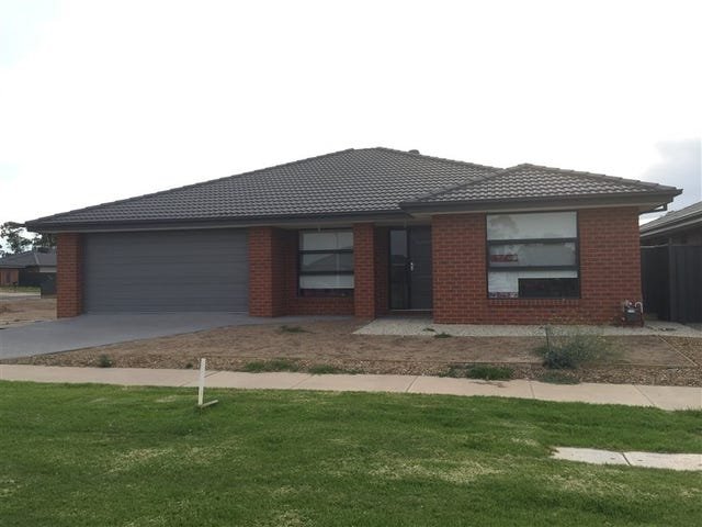 18 Aspect Drive, Huntly, Vic 3551