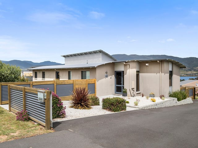 2 Rachel Crescent, Old Beach, Tas 7017
