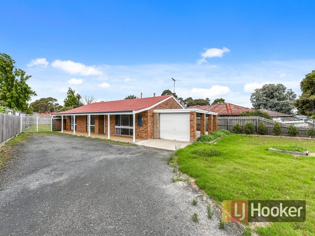 92 Racecourse Road, Pakenham, Vic 3810