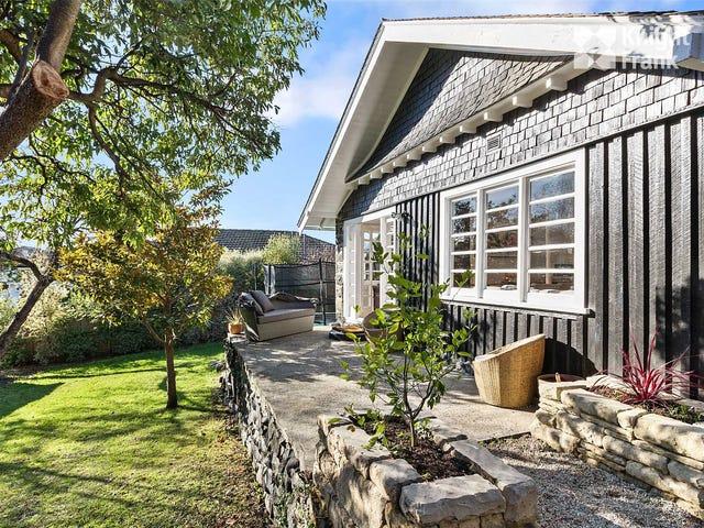 11 Lipscombe Avenue, Sandy Bay, Tas 7005