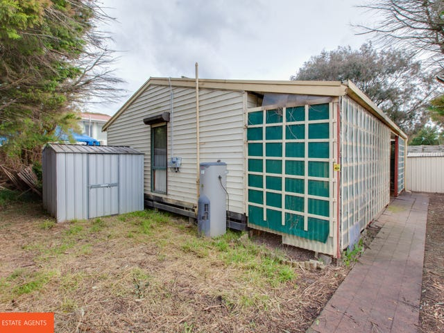2/37 Willow Drive, Hampton Park, Vic 3976
