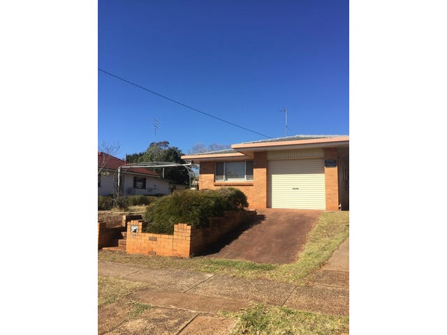 782 Ruthven Street, South Toowoomba, Qld 4350