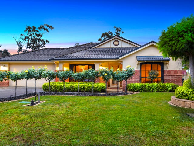 18 Pioneer Drive, Maiden Gully, Vic 3551
