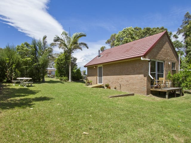 24 Forest Pde, Tomakin, NSW 2537