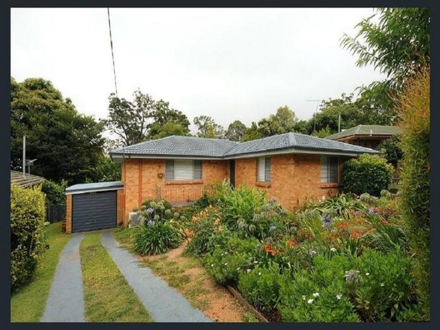 5 Beck Street, Mount Lofty, Qld 4350