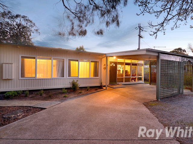 65 McMahons Road, Ferntree Gully, Vic 3156