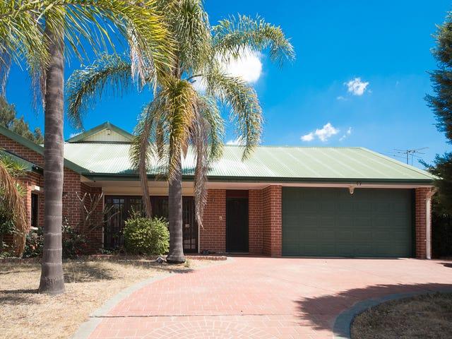 8 Trinuera Court, Wattle Grove, NSW 2173