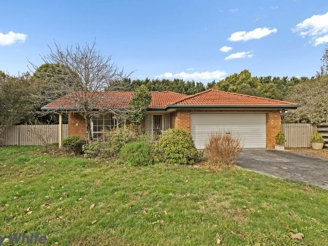 6 Garden Place, Romsey, Vic 3434