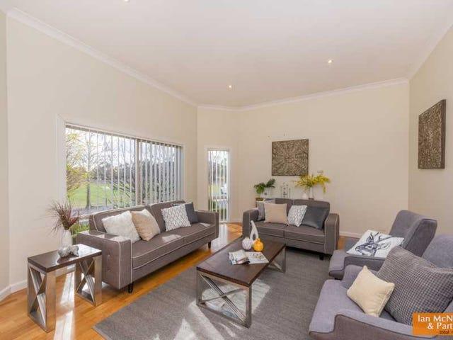 2 Silky Oak Circle, Jerrabomberra, NSW 2619