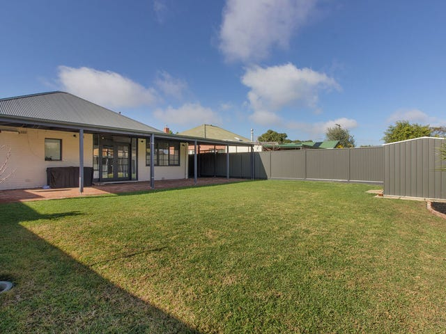 16 Fairweather Avenue, Woodville South, SA 5011
