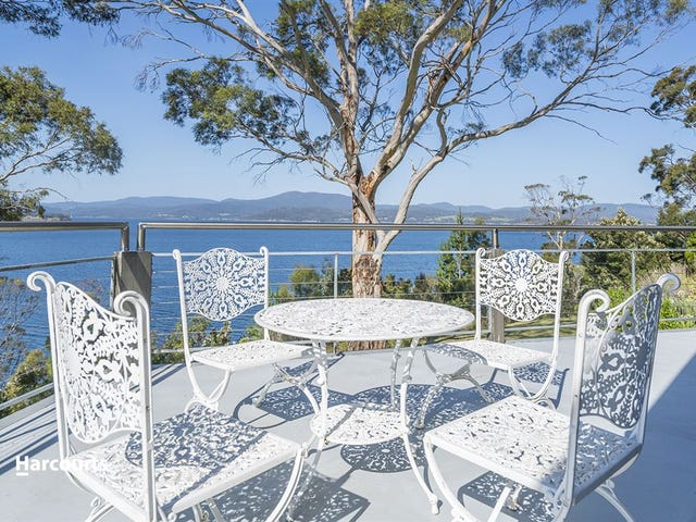 637 Esperance Coast Road, Police Point, Tas 7116
