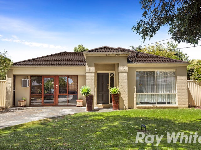 11 Carrington Avenue, Seaford, Vic 3198