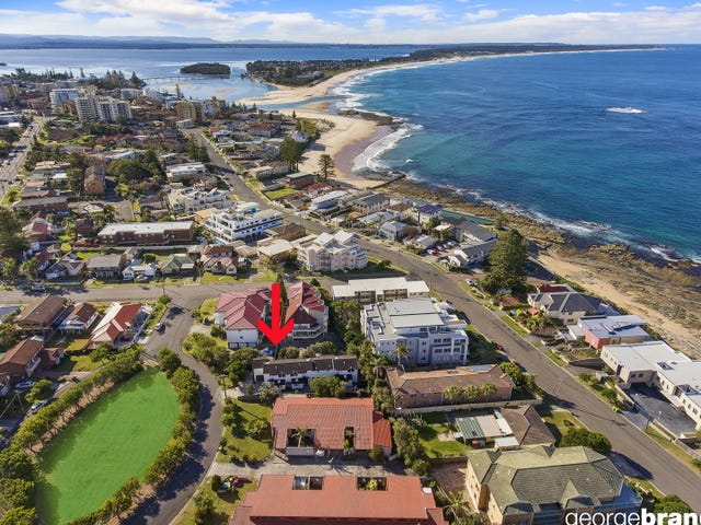 1/2 The Crescent, Blue Bay, NSW 2261