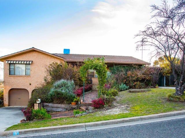 1 Lowan Place, Cowra, NSW 2794