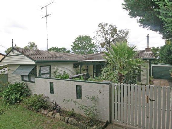 5 Kendall Street, Campbelltown, NSW 2560