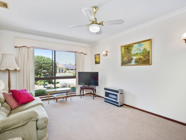 8 Abrolhos Close, Shelley, WA 6148