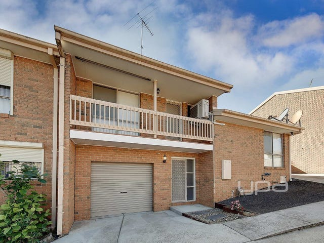 2/6 Shankland Boulevard, Meadow Heights, Vic 3048