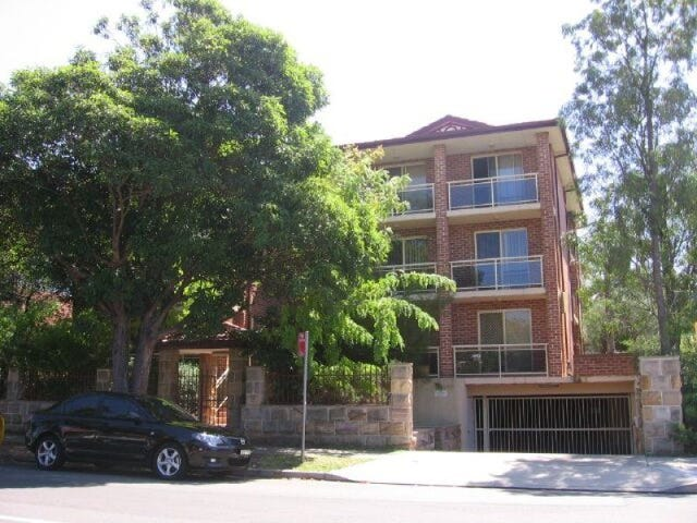 11/4-6 Edgbaston Road, Beverly Hills, NSW 2209
