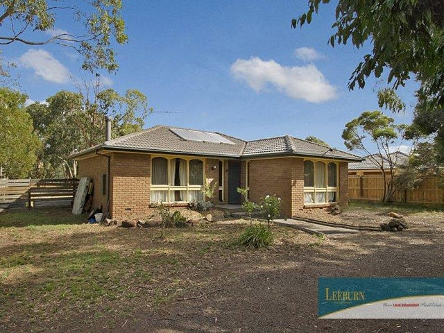 17 Regan Drive, Romsey, Vic 3434