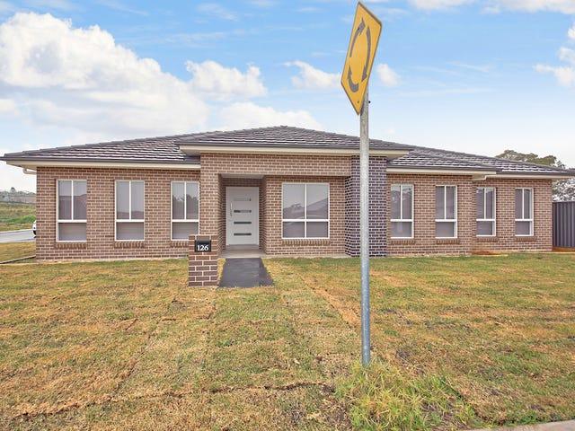 126 Hampshire Boulevard, Spring Farm, NSW 2570