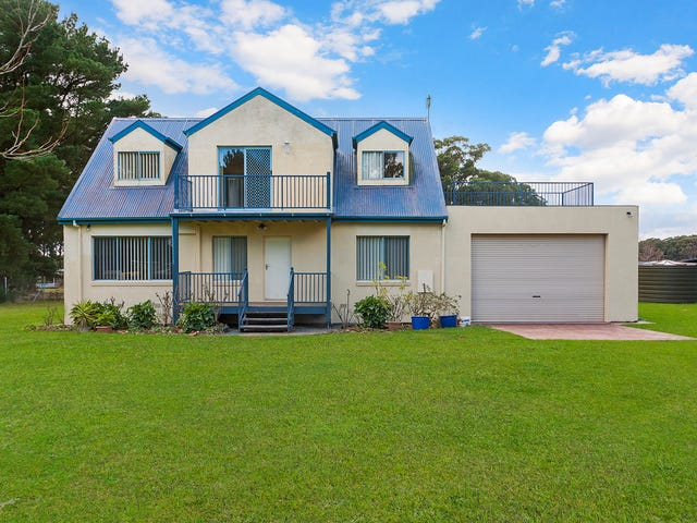 1092 Whittlesea-Kinglake Road, Kinglake West, Vic 3757