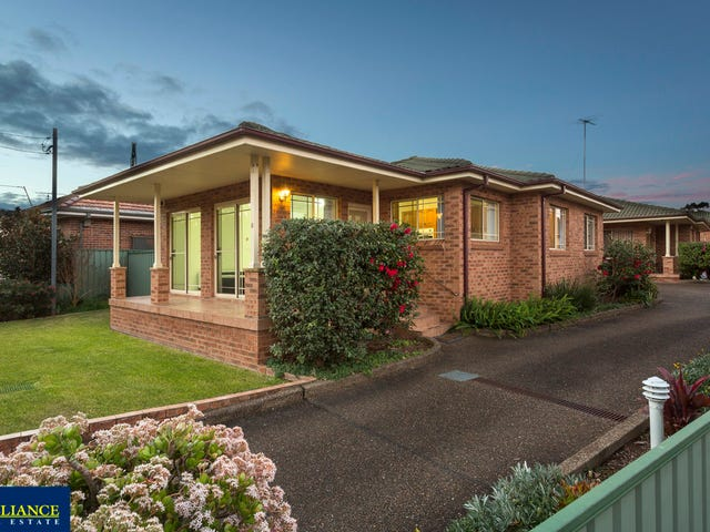 1/14 Cook Crescent, East Hills, NSW 2213