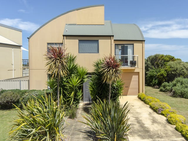 33 Padman Crescent, Middleton, SA 5213
