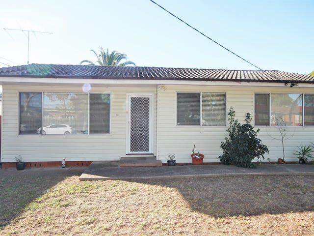28 Bentley Rd, Colyton, NSW 2760