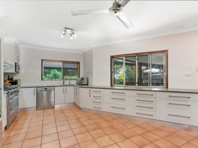 13 THORPE Place, Bentley Park, Qld 4869