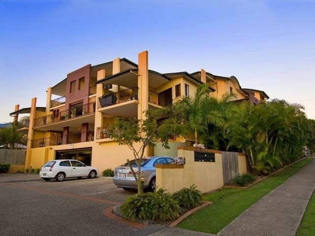 15/13 Vectis Street, Norman Park, Qld 4170