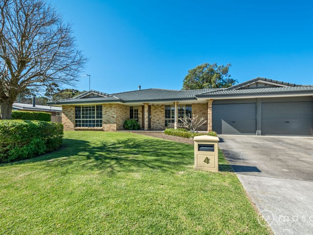 4 Paulas Way, Little Grove, WA 6330