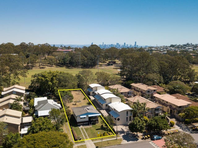 99 Cambridge Street, Carina Heights, Qld 4152