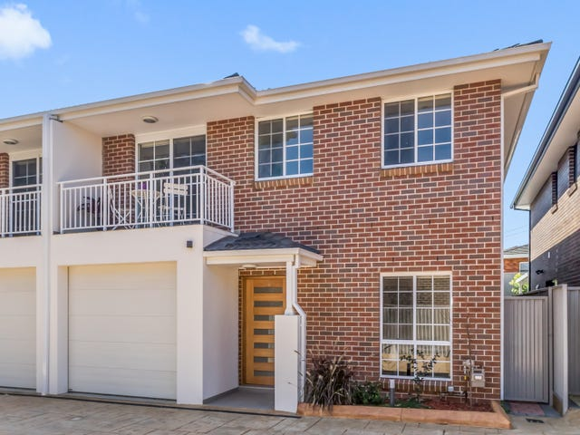 13/10 Old Glenfield Road, Casula, NSW 2170