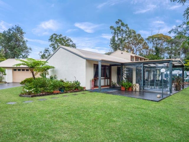 17 Ireland Street, Burrill Lake, NSW 2539