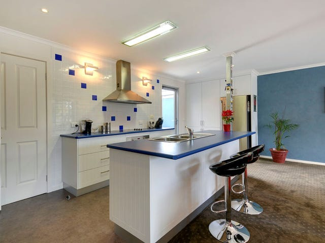 Traralgon, address available on request