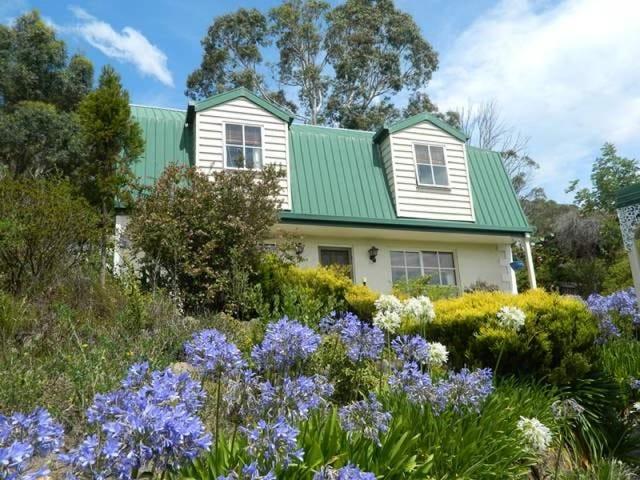 66 Sharland Avenue, New Norfolk, Tas 7140