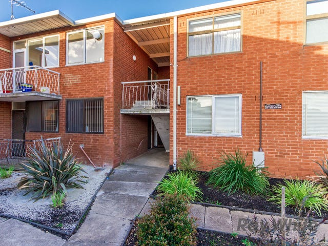 28/12 Percy Street, St Albans, Vic 3021