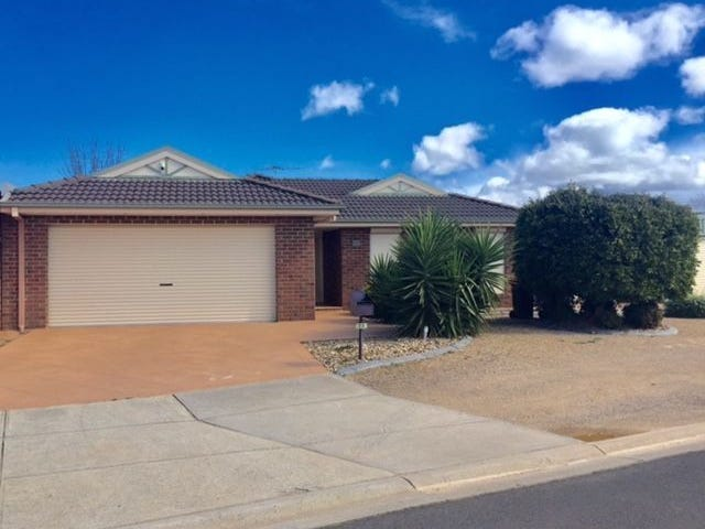 22 Santolin Drive, Hillside, Vic 3037