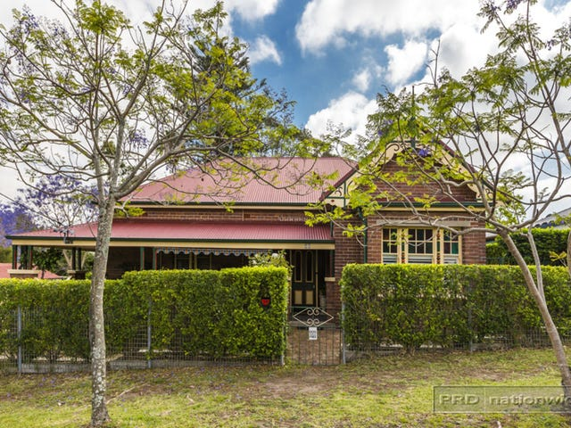 35 First Street, Booragul, NSW 2284