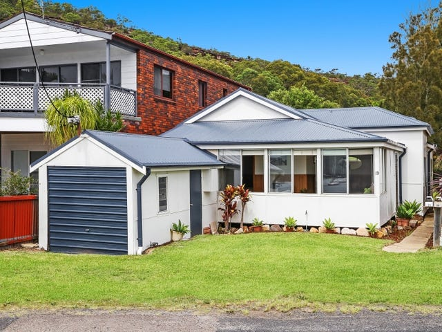 19 Pretty Beach Road, Pretty Beach, NSW 2257
