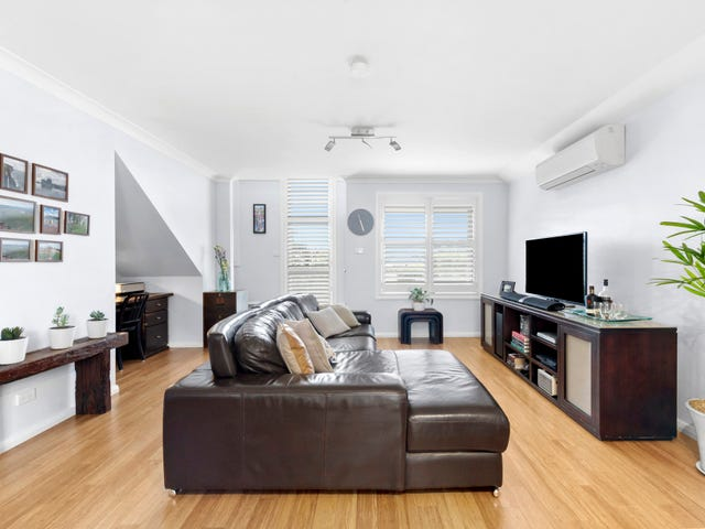 8/17-19 Robertson Street, Coniston, NSW 2500