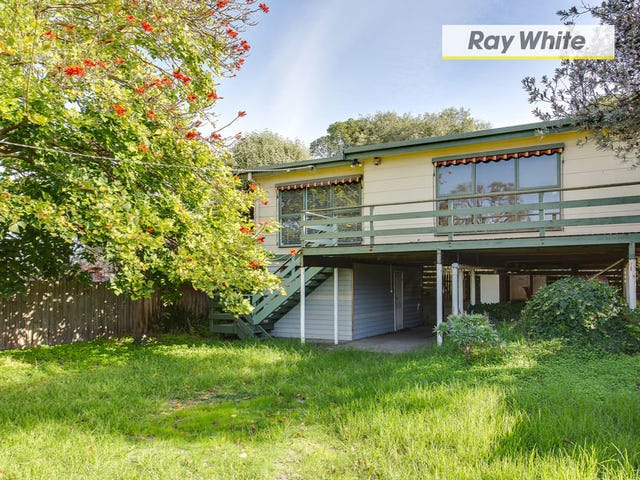 4 William Crescent, Rosebud West, Vic 3940