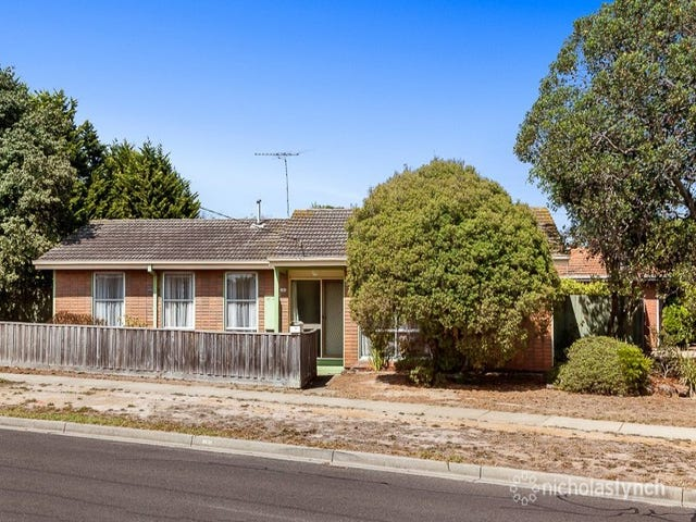 60 Robertson Drive, Mornington, Vic 3931